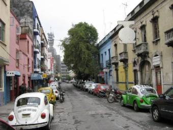 3801422-just_a_street_in_mexico_city-mexico_city-1359111019.jpg