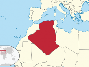 663px-algeria_in_its_region-1411631335.png