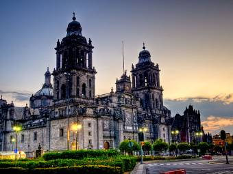 800px-mexico_city_cathedral-1416179098.jpg
