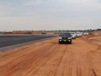 airportren6-1468489888.jpg