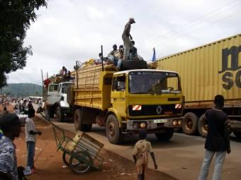 central_african_republic_-_trucks_in_bangui-1369828667.jpg