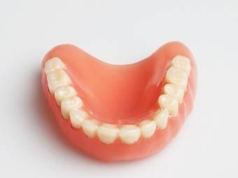 dentures1-1375454139.jpg