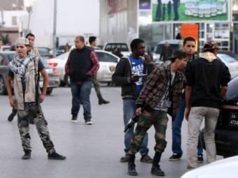 militia-checkpoint-1368049708.jpg