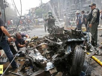thai-bomb-squad-members-1397122255.jpg