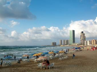 tripoli_municipal_beach_libya-1452891261.jpg