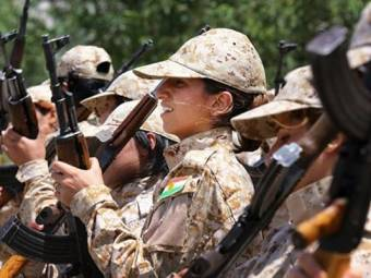 women_kurdish_fighters_against_islamic_state_ap_650_bigstry-1414764842.jpg